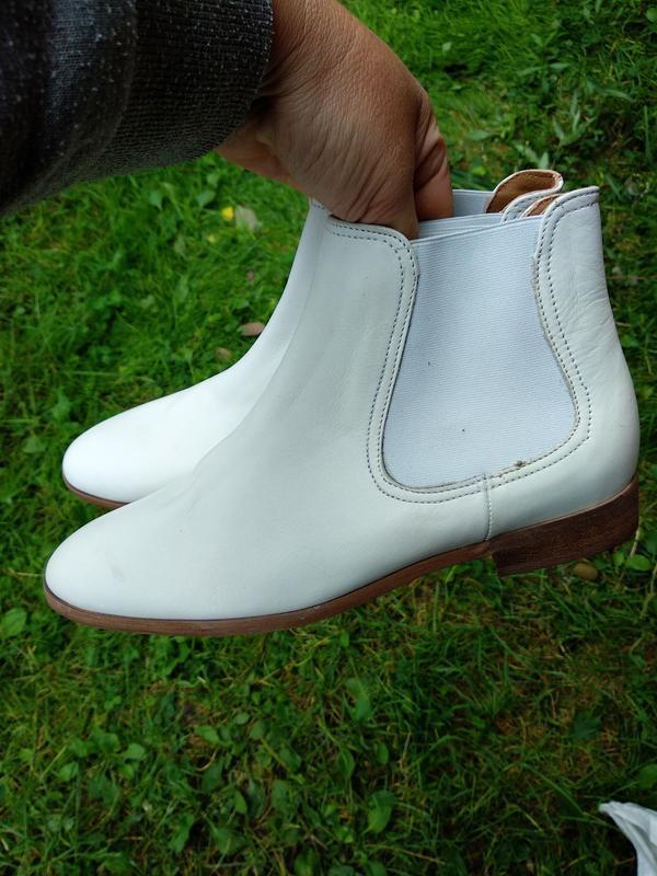 Ботинки 37 39 41розмір бренд minelli