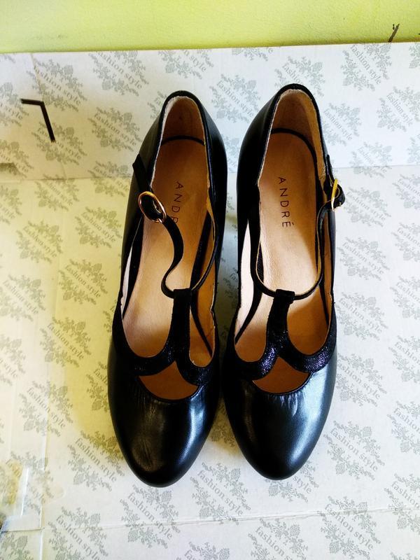 Туфлі 38 розмір бренд andre - Фото 2