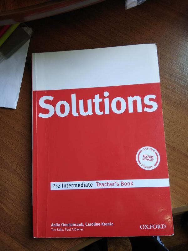 Solutions Pre-Intermediate Teacher's Book