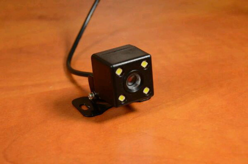 Камера заднего вида для автомобиля SmartTech A101 LED Лучшая Цена - Фото 9