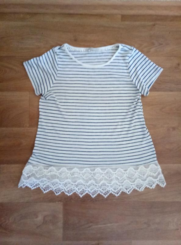 Хорошенькая майка футболка блузка с кружевами большой размер