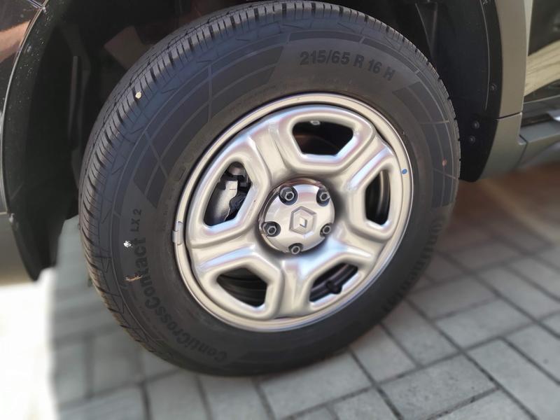 ПродамНовый Комплект Шин с дисками 4шт. Рено Дастер 16 215 65 - Фото 2