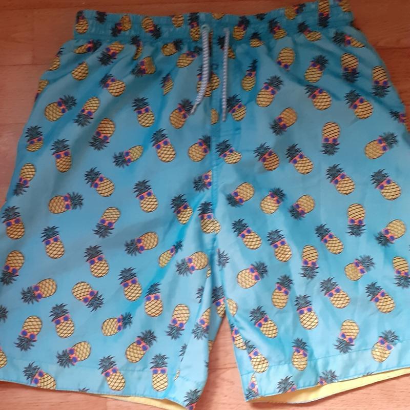 Пляжные и купальные шорты