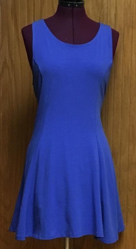 Короткое платье насыщенного синего цвета. - Фото 2