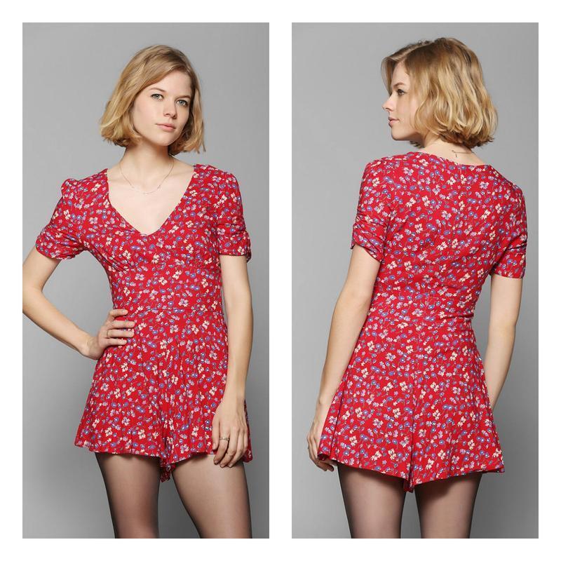 Ромпер платье красное с цветочками. - Фото 2