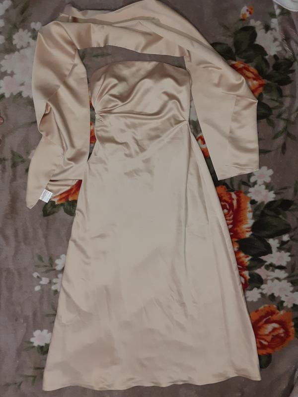 Французское классическое выпускное платье с палантином, кремов...