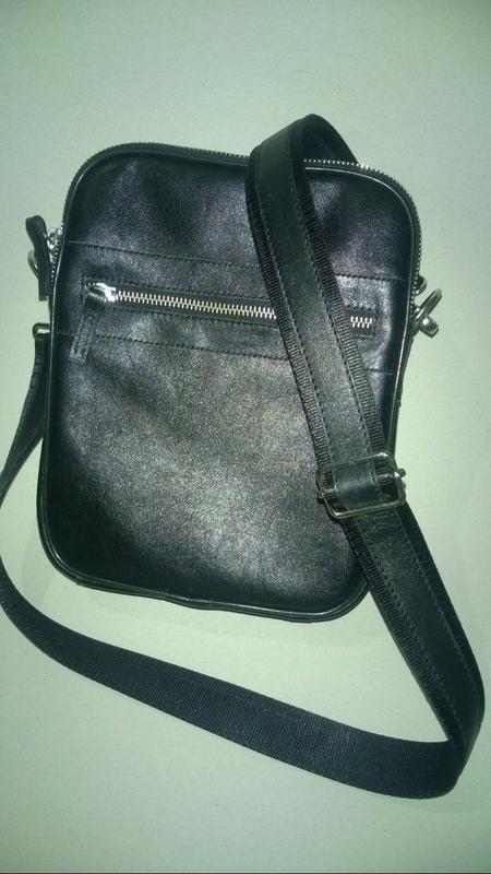 Новая сумка с телячьей кожи тол. 2,5 мм , чёрная .