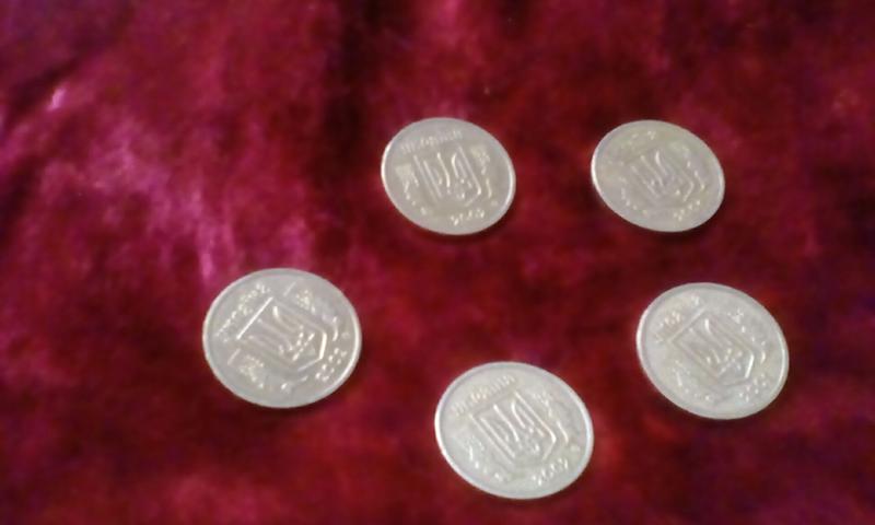 Монеты 1 гривня 2001,2002 годов