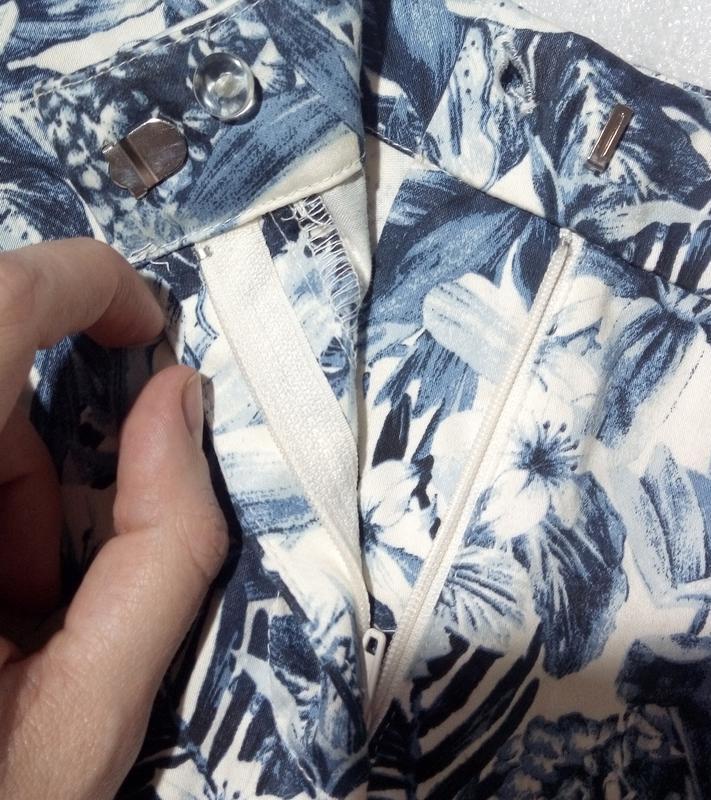 Стильные трендовые сине-белые короткие летние хлопковые шорты ... - Фото 7
