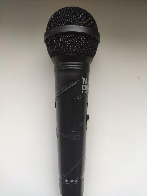 Микрофон вокальный  для караоке  Б/У
