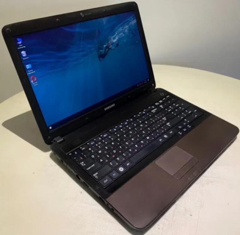 Игровой ноутбук Samsung R538.