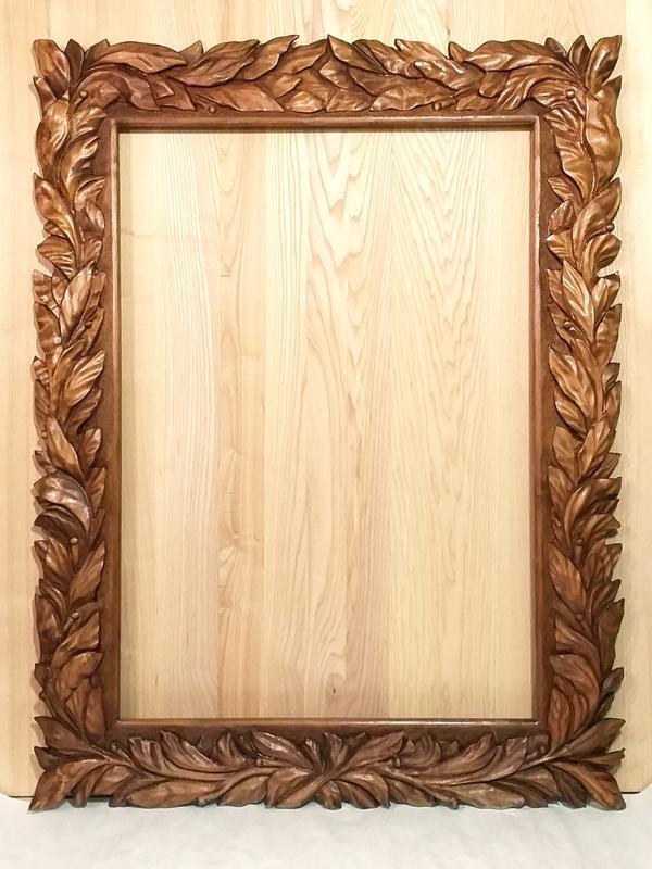 Рама резная под зеркало или картину.