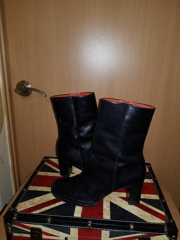 Качественные кожаные ботинки 39 рр 8 американский rockport