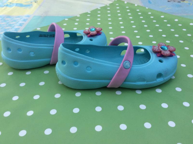 Оригинальные балетки crocs - Фото 3