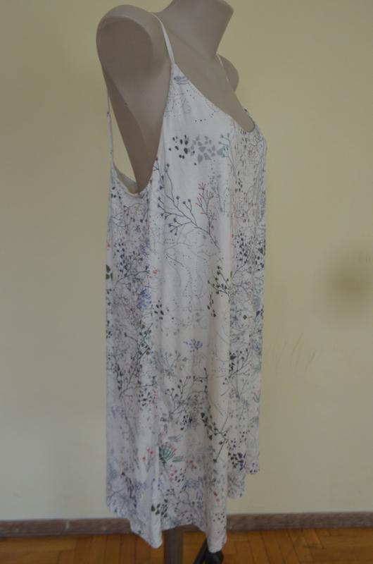 Стильное брендовое трикотажное платье в бельевом стиле свободн... - Фото 4