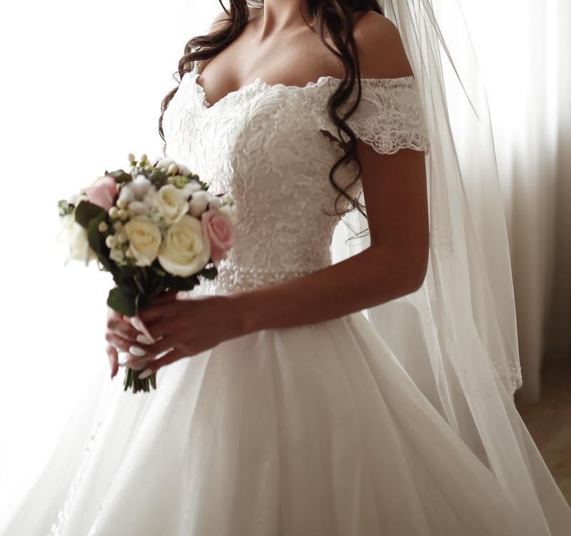 Пышное свадебное платье от Alberta Ferretti в отличном состоянии - Фото 3