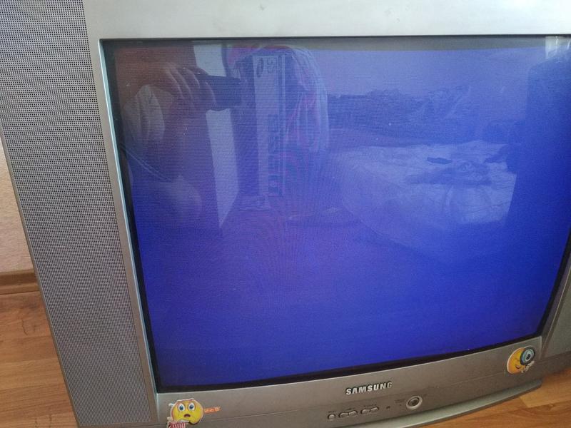 "Телевизор Samsung 29"" ЭЛТ - Фото 2"