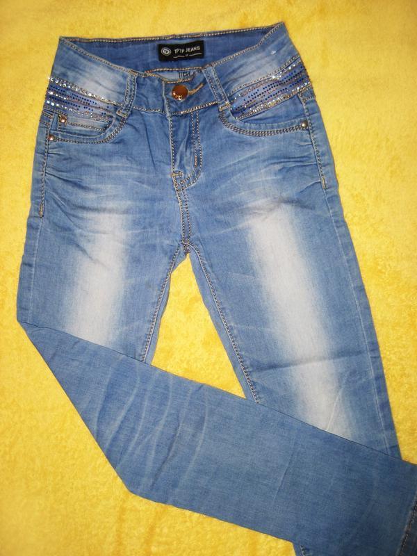 Джинсы со стразами для девочки tp jeans на 6-8 лет - Фото 3