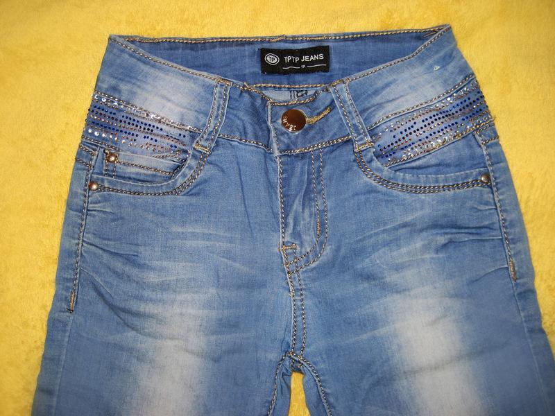 Джинсы со стразами для девочки tp jeans на 6-8 лет - Фото 4