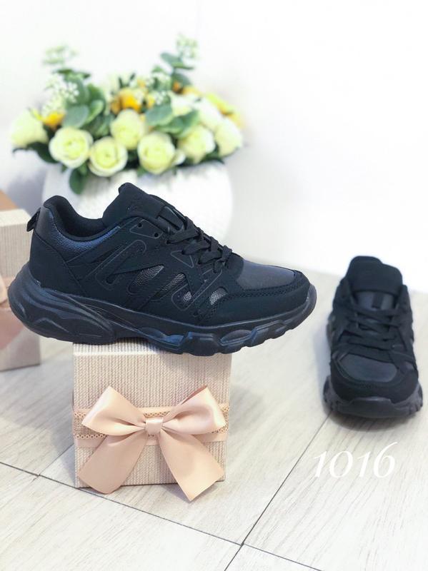 Черные женские кроссовки - Фото 2