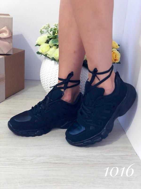 Черные женские кроссовки - Фото 4