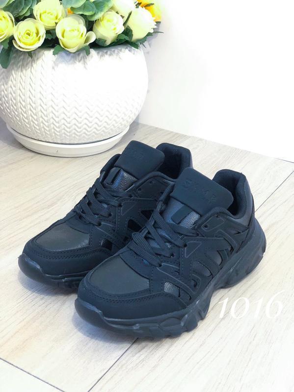 Черные женские кроссовки - Фото 5