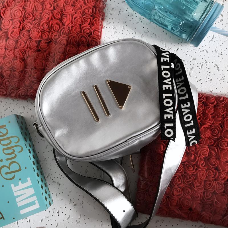 Клатч сумка на пояс серебро play love