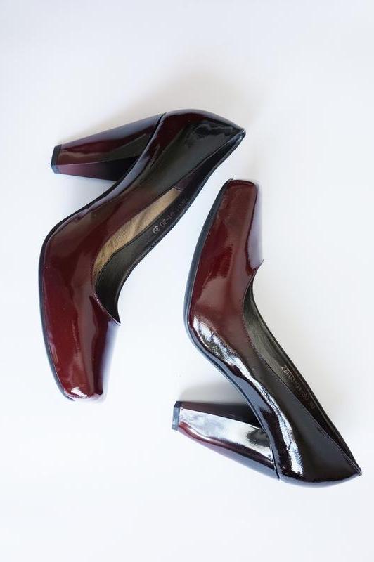 Туфли модельные лаковые