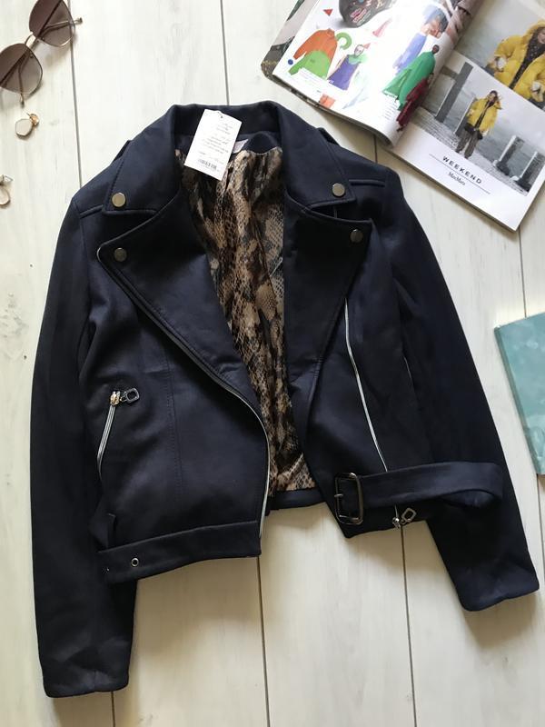 Темно синяя куртка косуха под замш - Фото 2