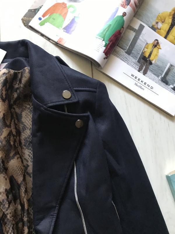 Темно синяя куртка косуха под замш - Фото 6