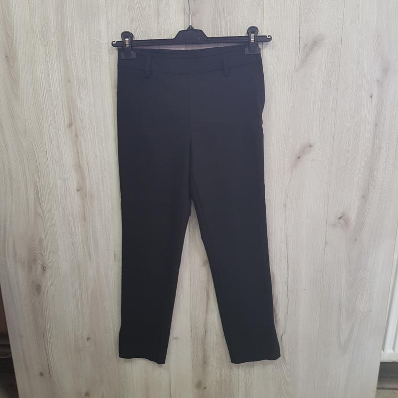 Черные брюки слаксы - Фото 2