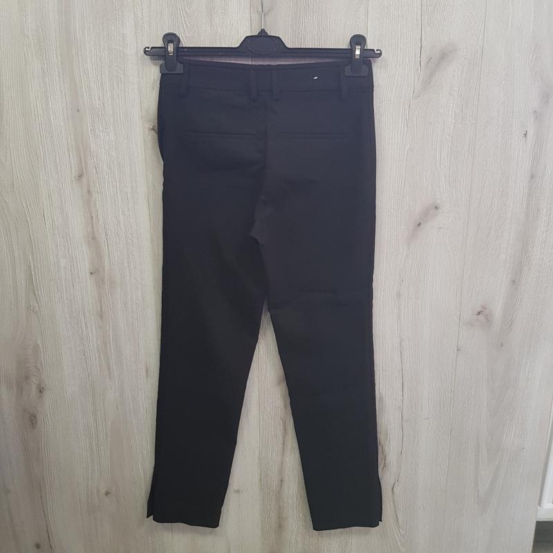 Черные брюки слаксы - Фото 3