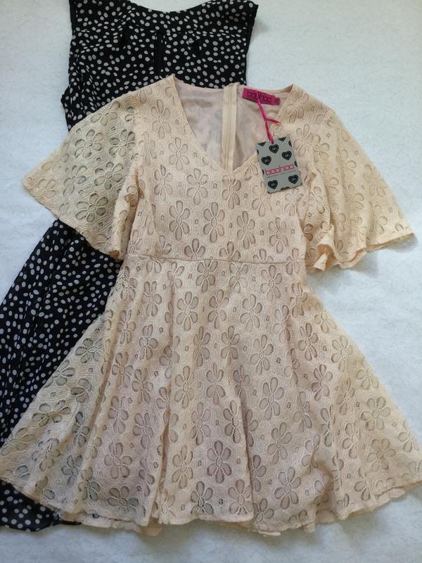 Платье кружевное нюдового цвета boohoo 10 размер