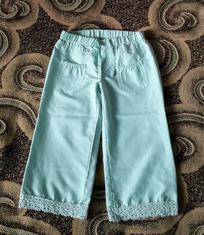 Бирюзовые шорты,бриджи на девочку 3-4 года. рост 98-104 см.