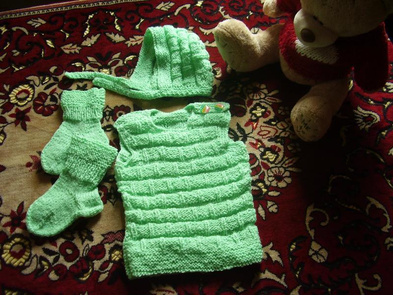 Тёпленький новый костюмчик от бабушки на грудничка от 3 мес - ... - Фото 2