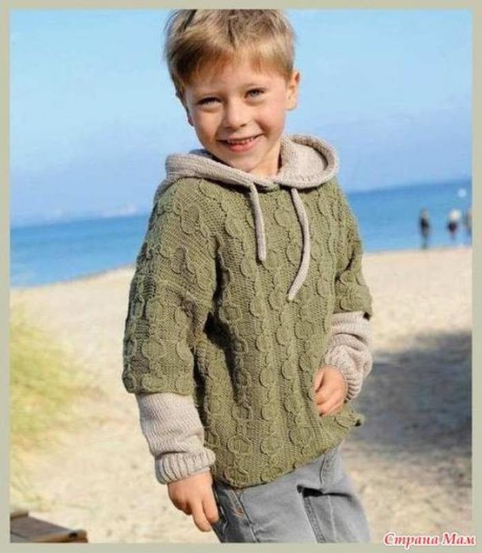 Стильный свитерок на мальчика  от 5 лет полушерсть ручная работа