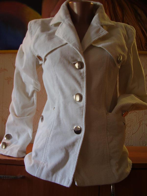 Итальянский вельветовый белоснежный пиджак удлиненный - Фото 2