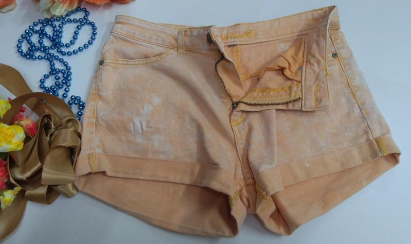 Эластичные короткие шорты denim co размер м - Фото 4