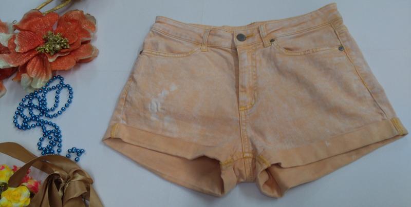 Эластичные короткие шорты denim co размер м - Фото 5