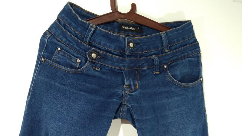 Эластичные зауженные джинсы miss anna размер 38 - Фото 8