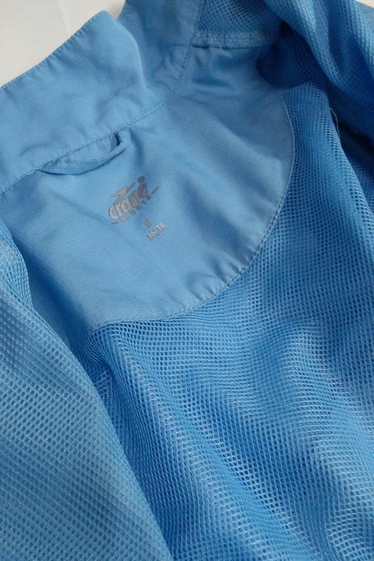 Голубая ветровка + жилетка размер s - Фото 9