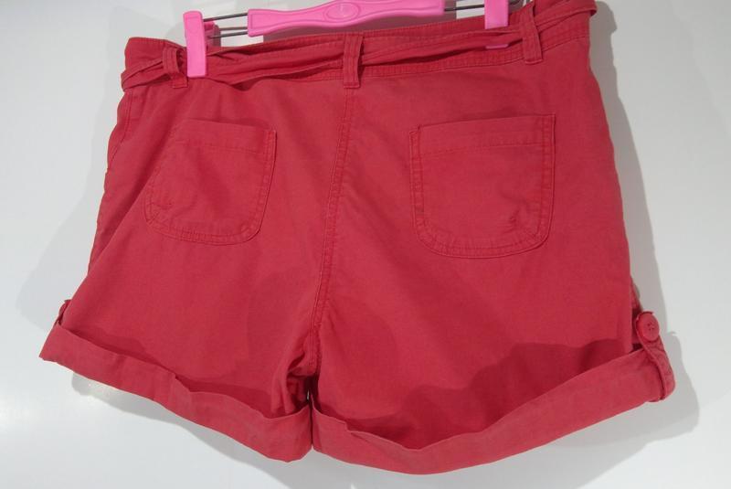 Стильные короткие шорты размер 42 - Фото 2