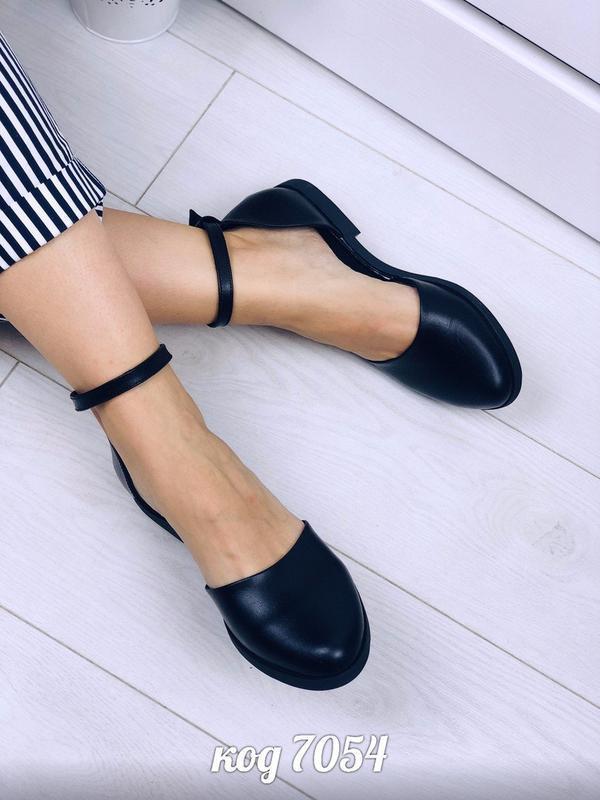 Чёрные кожаные открытые балетки с ремешком,чёрные открытые туф... - Фото 4