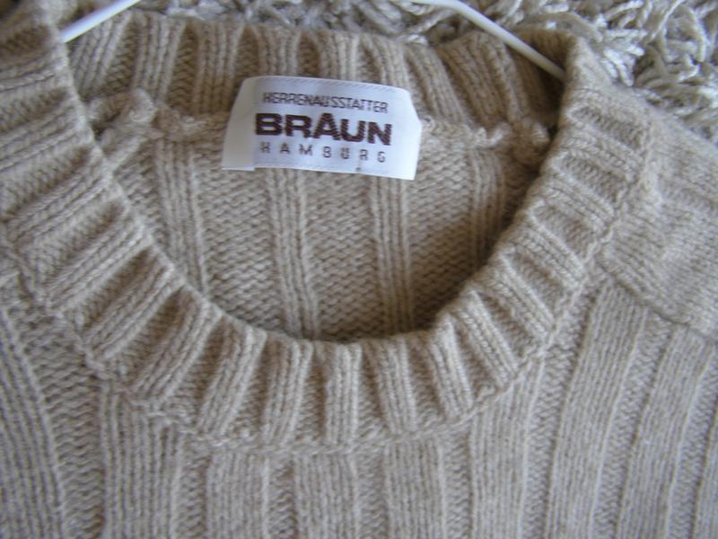 Braun humburg свитер 55% шерсть 30% верблюжья шерсть 15% кашем...