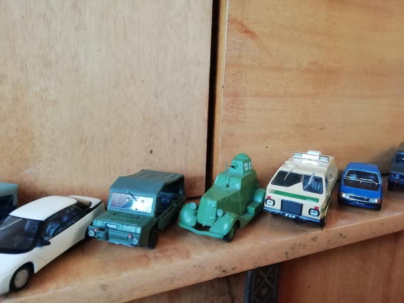 Моделі машин в масштабі 1:43