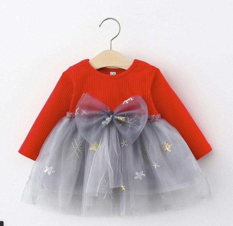✍????очень красивые нарядные платья на малышек