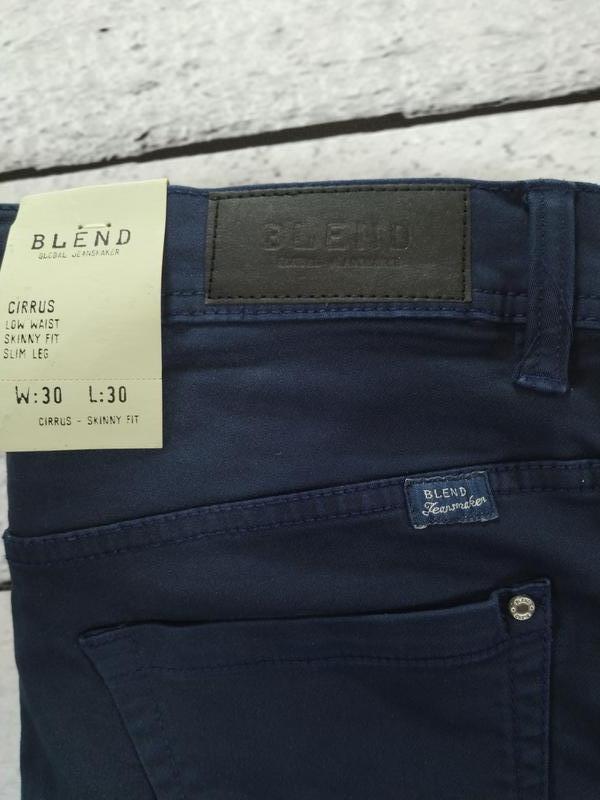 Брюки синие джинсового кроя плотные зауженные blend - Фото 9