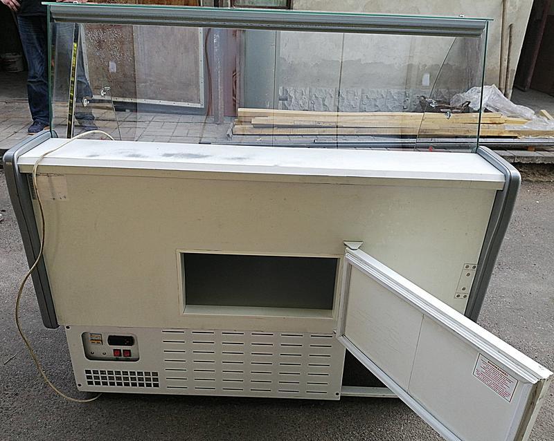 """Б/У Холодильная витрина """"Небраска"""" 1.3 м. , состояние отличное"""