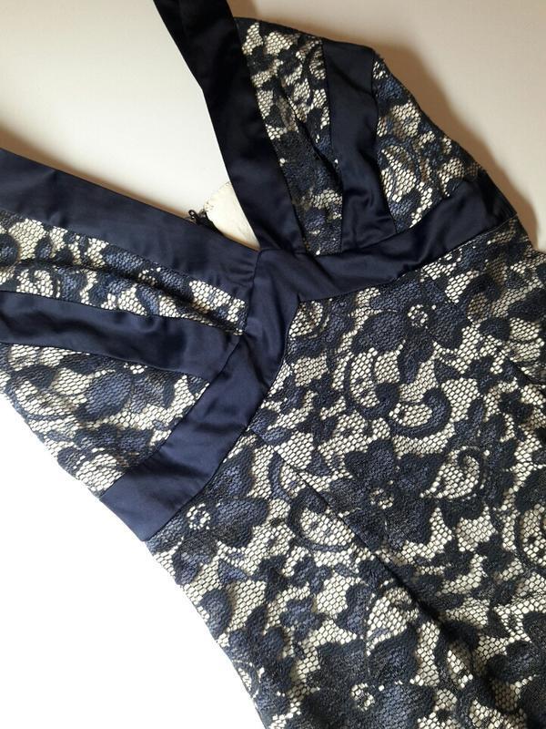 Платье по фигуре с кружевом - Фото 2