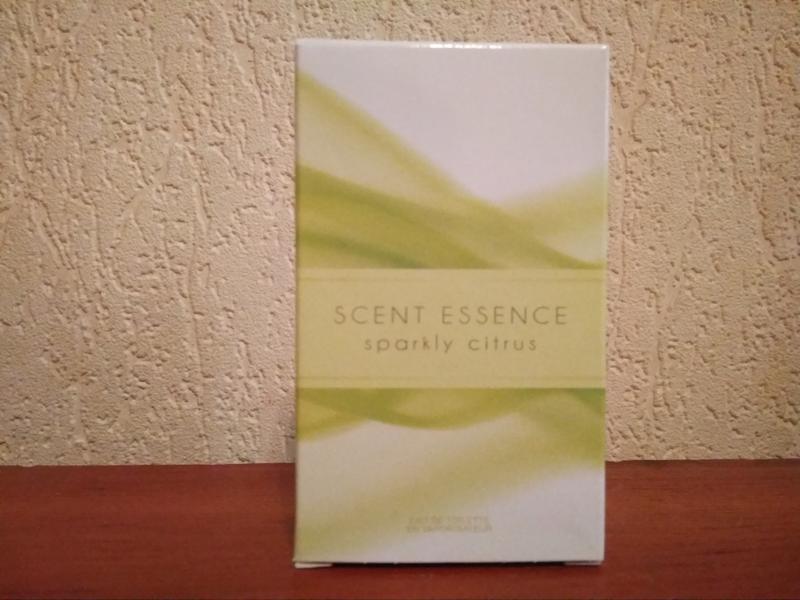 Туалетна вода avon   scent essence  sparkly citrus (30 мл)